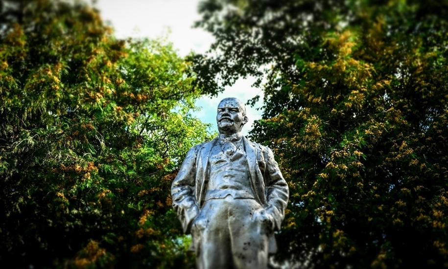 Ко 100-летию революции: памятники Ленину