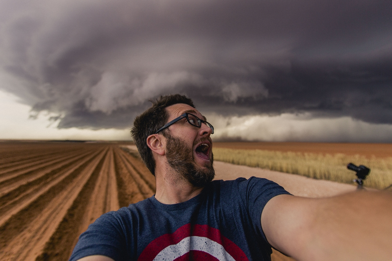 Майк Олбински — охотник за бурями