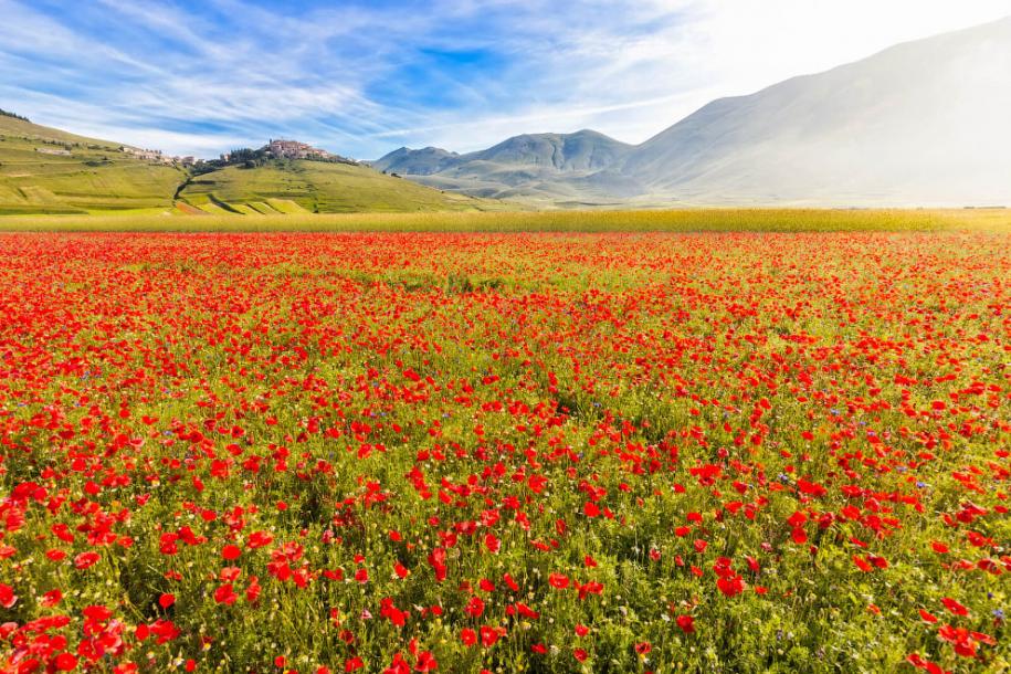Разноцветная долина Италии. Кастеллуччо