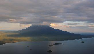 Кроноцкое озеро — первое по площади пресноводное озеро Камчатки