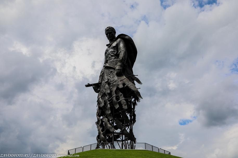 Ржевский мемориал Советскому солдату