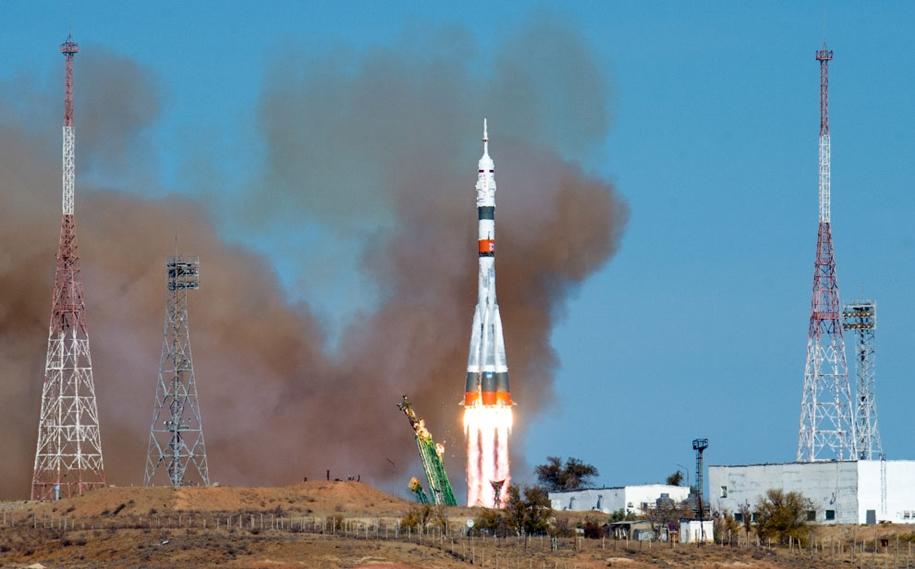 Старт космического корабля «Союз МС-17»